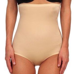 SPANX 2509 High Waist Panty Nude